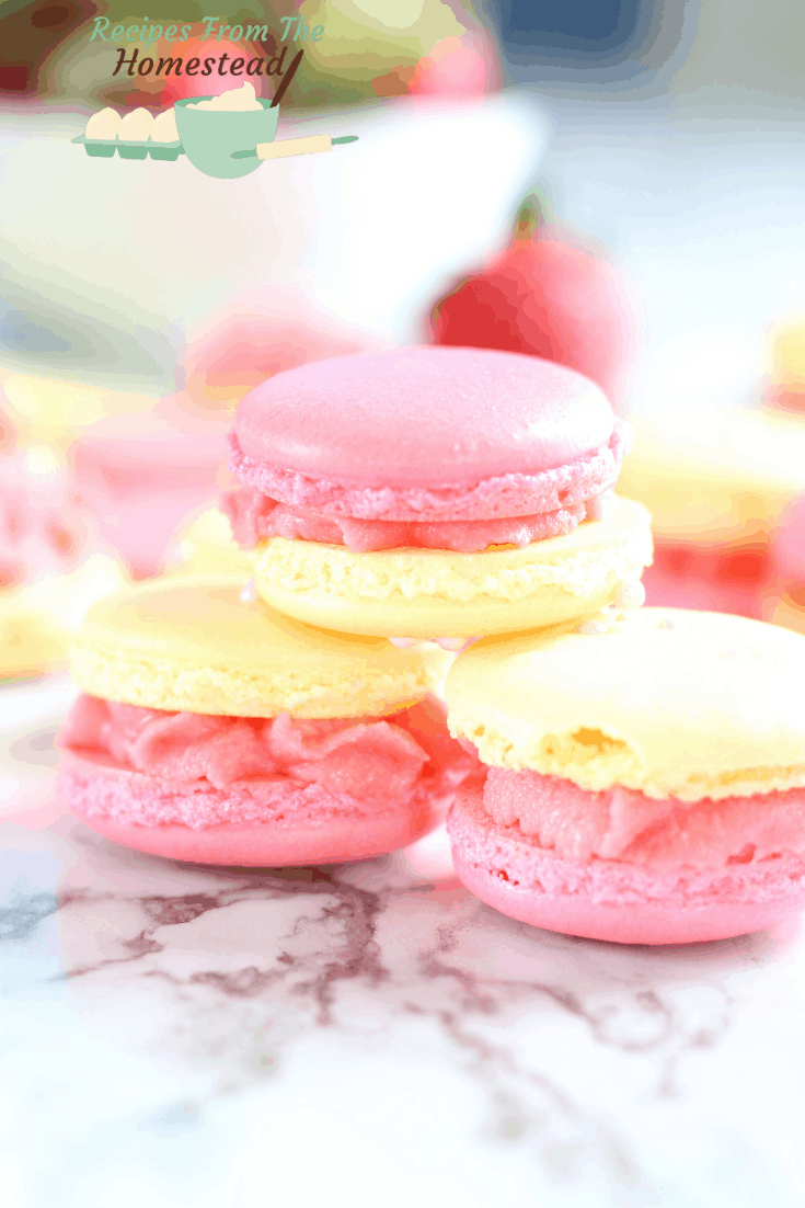 strawberry lemonade macaron