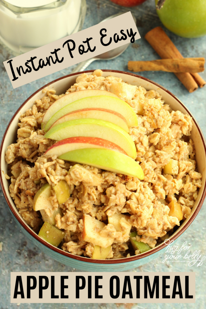 apple pie oatmeal with apple slices