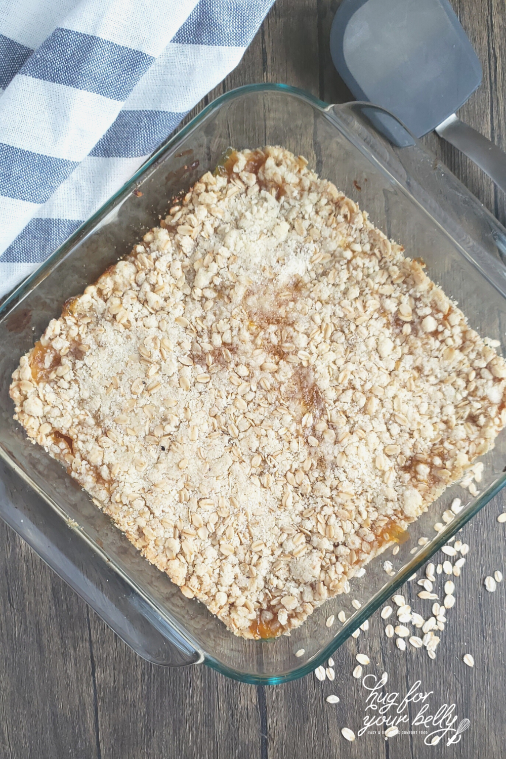 apricot oat bars in glass pan